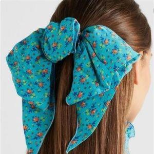 Alessandra Rich hair bow